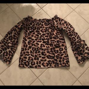 Tops - EUC leopard off the shoulders top